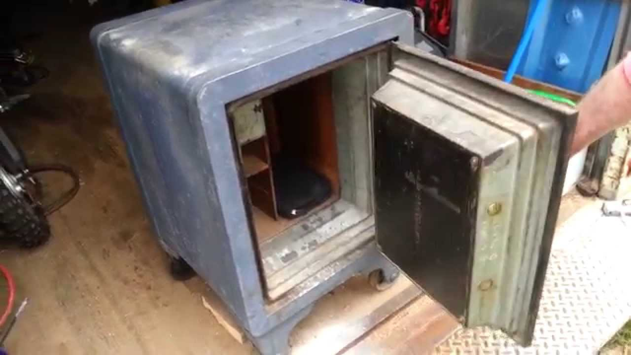 Antique Safe Opening Youtube