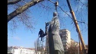 В Запорожье демонтируют памятник Дзержинскому (Часть 1)(, 2016-03-10T09:59:42.000Z)