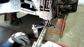 Ford Escort Ball Joint Replacement