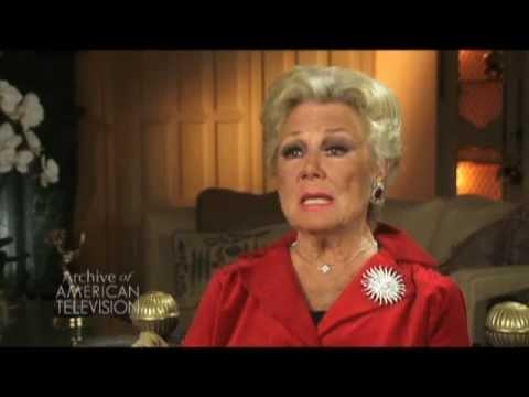 Mitzi Gaynor discusses Bob Mackie  - EMMYTVLEGENDS.ORG