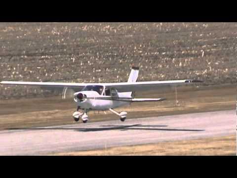 Cessna 177 Cardinal Landing CSU3