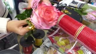 4 способа оформления бутона розы. Старое и новое. Флористика для чайников