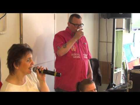 04 15 31 Trudy Ron7e Karaoke NAS Rotterdam 2015 ve 24 07 15 S! 00036