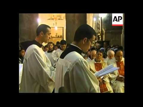 Christians hold Easter Thursday service at Church of the Holy Sepulchre