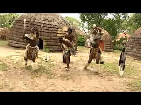 Funyellang and Pretty Zulu Girls show their Wedding Dance..flv