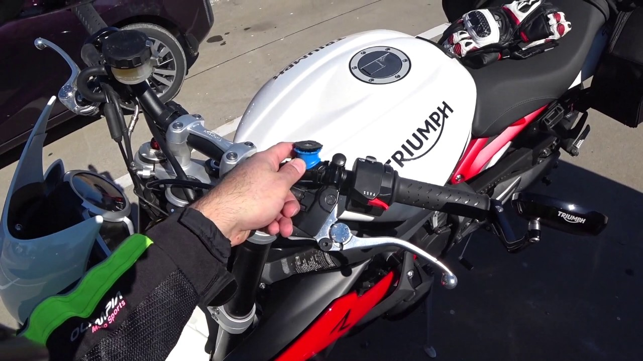 Quad Lock Bike Mount For Motorcycle Review Youtube
