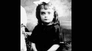 """Edith Piaf -  """"Les flons flons du bal"""""""