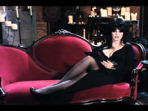 woman-elvira-hot-show-all-boobs-and-pussy
