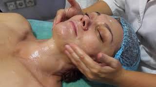 Косметология.Классический массаж лица.