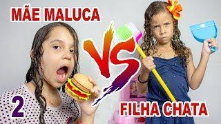 SARAH FINGE BRINCAR DE MÃE E FILHA