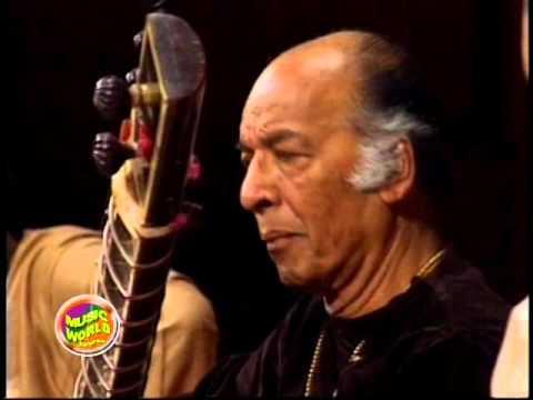 Ustad Vilayat Khan - Raga Hameer - Live at Royal Albert Hall 1993 (1/4)