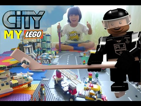 LEGO CITY MASTER BUILDER - Why is Marian Gaborik of LA KINGS waiting for the bus?