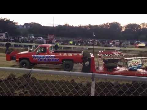 Sarpy County Tractor Pull Shootout 2014