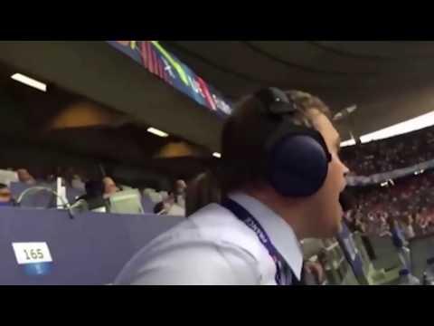 Исландский комментатор впал в истерику после второго гола