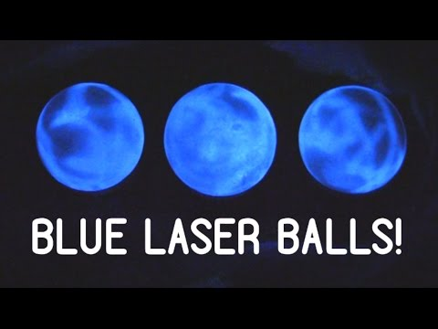 Making Quartz spheres glow with a blue laser
