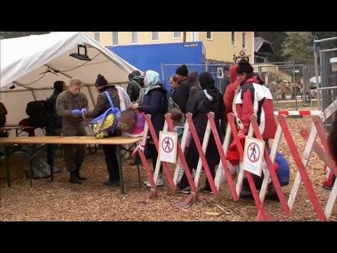 أبواب ألمانيا مواربة تدريجيا بوجه المهاجرين. برلين تتفق مع أثينا بشأن استعادة طالبي اللجوء…  - 20:21-2018 / 8 / 17