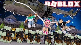 SURVIVE THE ZOMBIE APOCALYPSE!! (Roblox Infected)