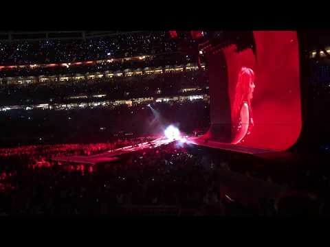 Taylor Swift - I Did Something Bad (LIVE) at the reputation tour Santa Clara