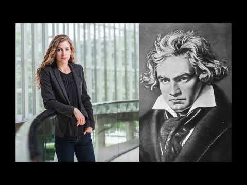 Karina Canellakis conducts Beethoven - Symphony No. 8 (2017)