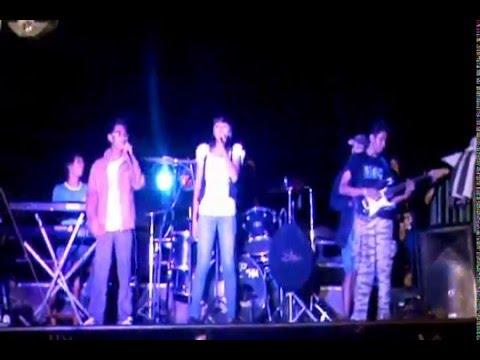 HM live at Ngan Compostela