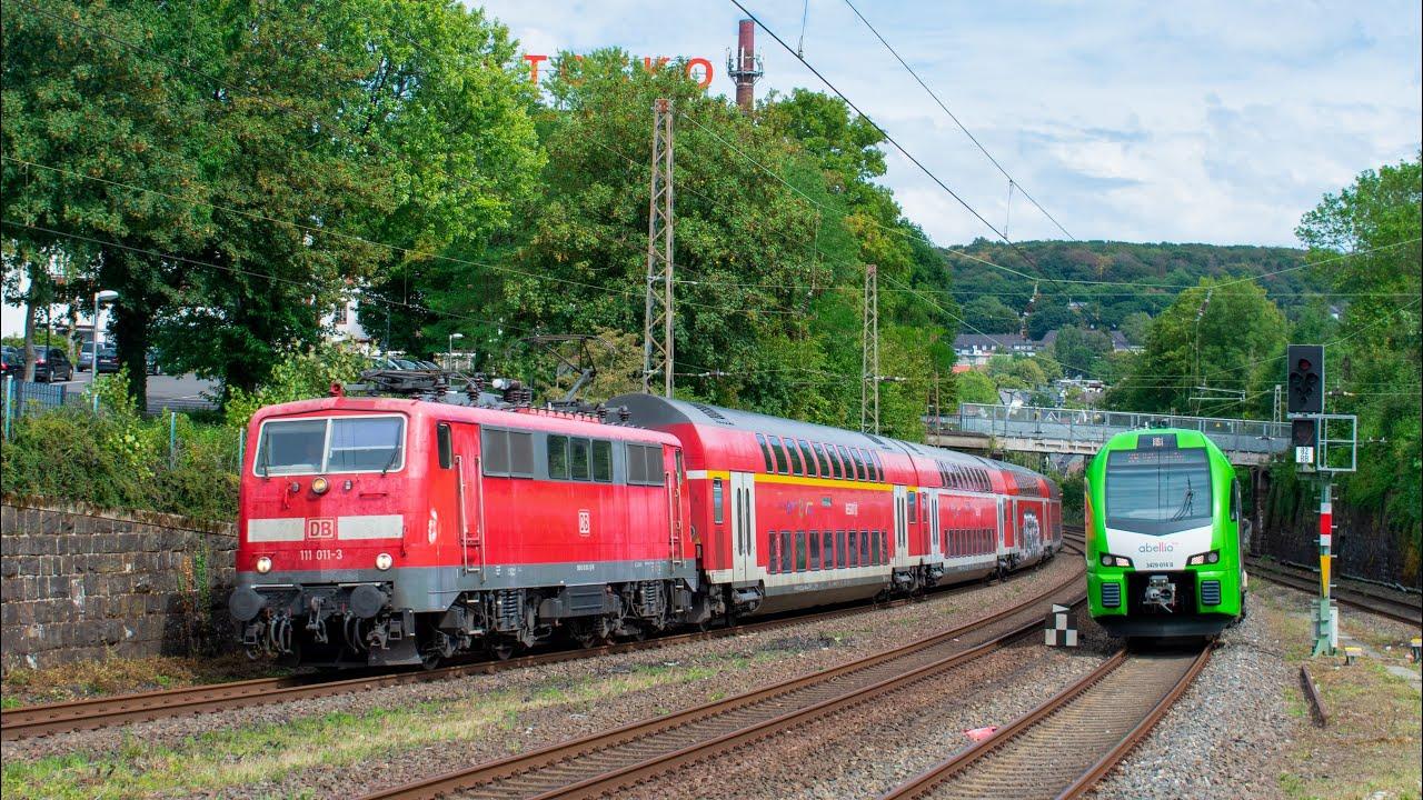 DB 111 014+RE4 en ABR Flirt XL rijden Parrallel in Wuppertal-Sonnborn!!