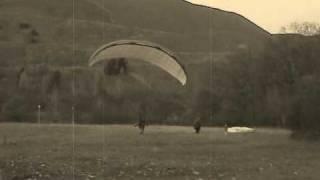 Repeat youtube video Haldenflieger's Rückwärtsstart - Paragliding