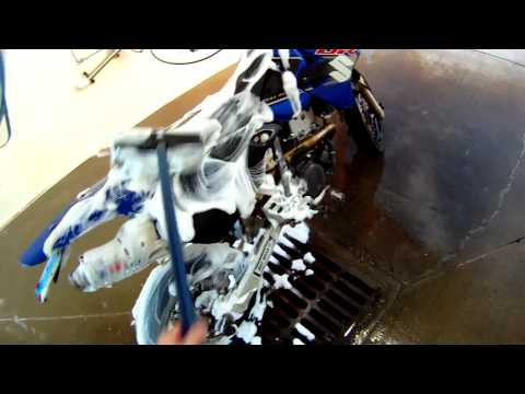 How to Professionally Wash your Motorcycle