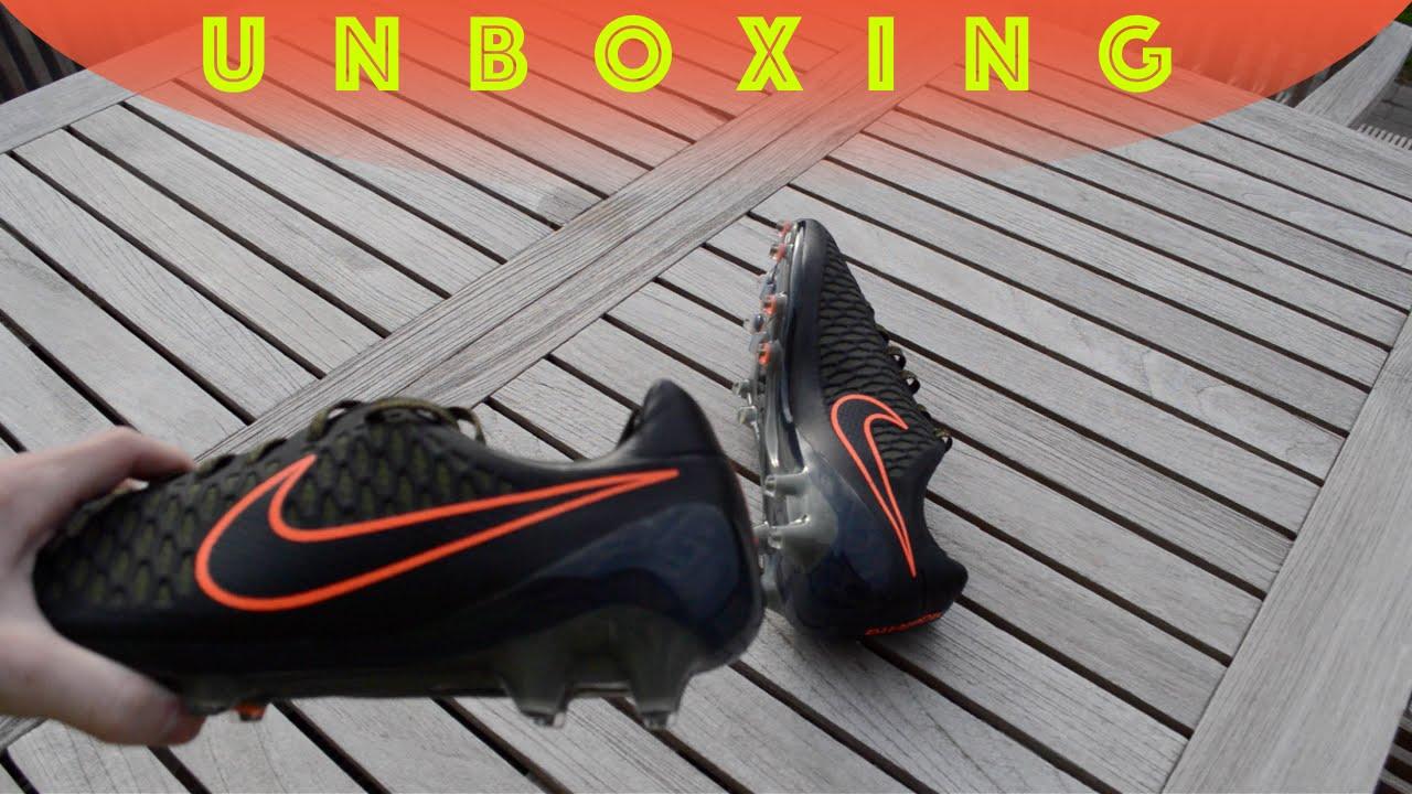 63bde7d599b1 UNBOXING - Nike Magista Opus FG Black Rough Green Crimson - YouTube