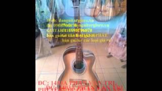 thử đàn guitar acoustic gỗ hồng đào