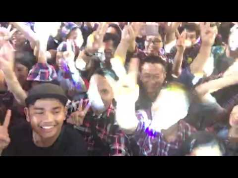 Flash mob  Hip hip hura AHOK DJAROT SALAM 2 JARI