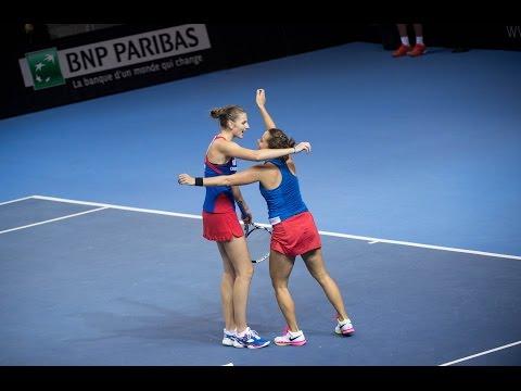 Highlights: Garcia/Mladenovic (FRA) v Pliskova/Strycova (CZE)
