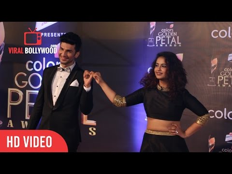 Avika Gor And Manish Raisinghan At Colors Golden Petal Awards 2017 | Viralbollywood