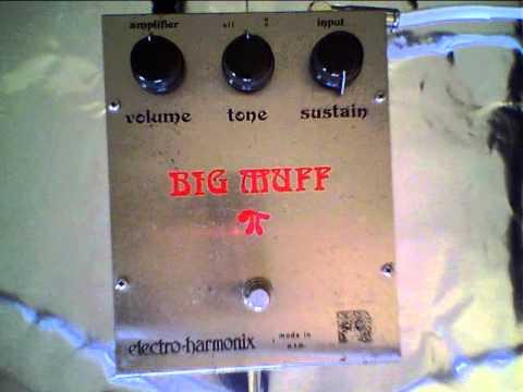 "Electro Harmonix ""Ram's Head"" Big Muff (with FS36999 Transistors)"