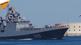 新フリゲート艦「アドミラル・グリゴローヴィチ」セヴァストポリに到着