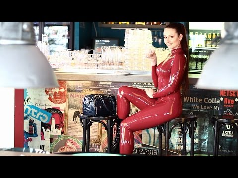 24Hour latex Catsuit in Public, Photoshoot