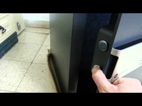 A new certified Yale safe - defective lock