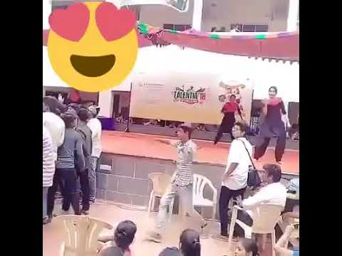 La La Kadai Santhi Song / Student Performance In Talentia Event 2018 / Whatsapp Viral Video