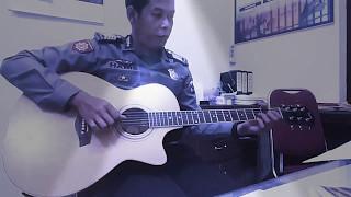 BUKAN TAKDIR KITA ( Akustik cover by : Haris )