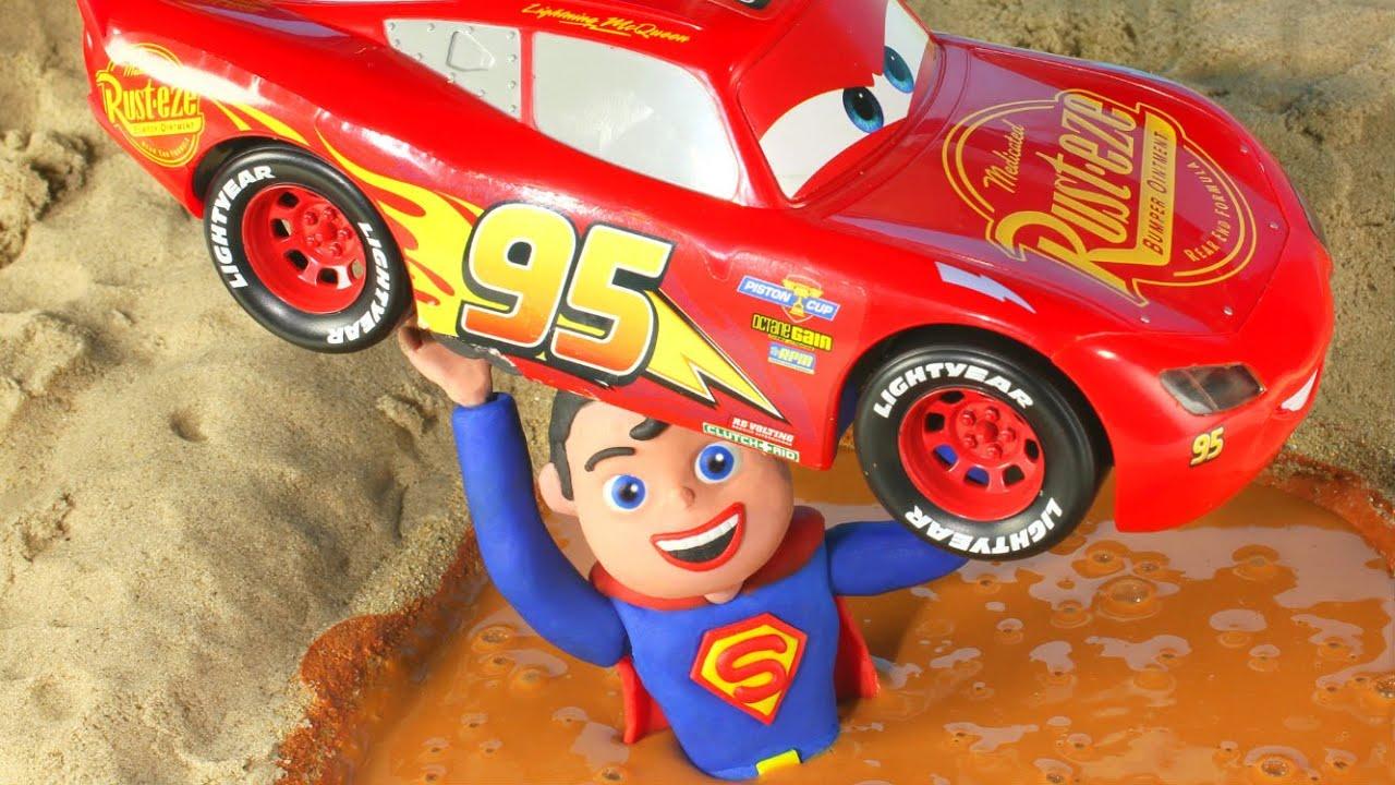 ❤ Superman Saves The Racing Cars ❤