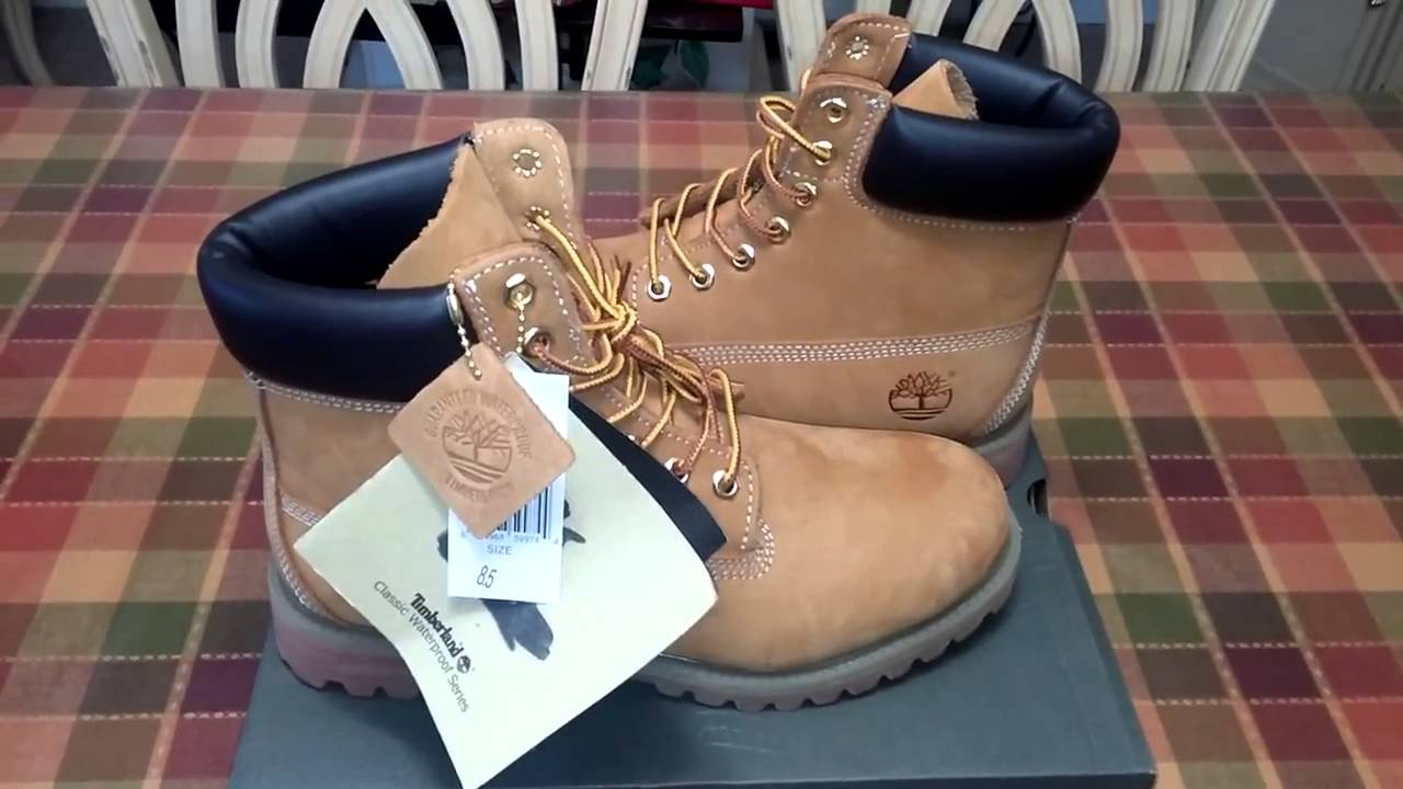 41dd95d8069f Timberland Boots and Triple Black Nike Air Huaraches - YouTube