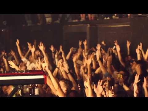 HYH14: Singha Light presents Last Dinosaurs + Panama Live! |  11.03.2016