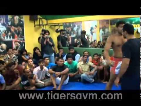 Gym Wars VI  85 kgs Grappling Finals] Mohd Shahid vs Shafiq   YouTube