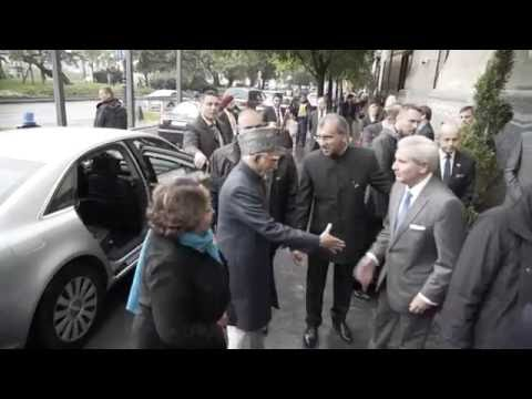 Official visit of Vice President of India, 15-17 October 2016, Hungary - 01 Arrival