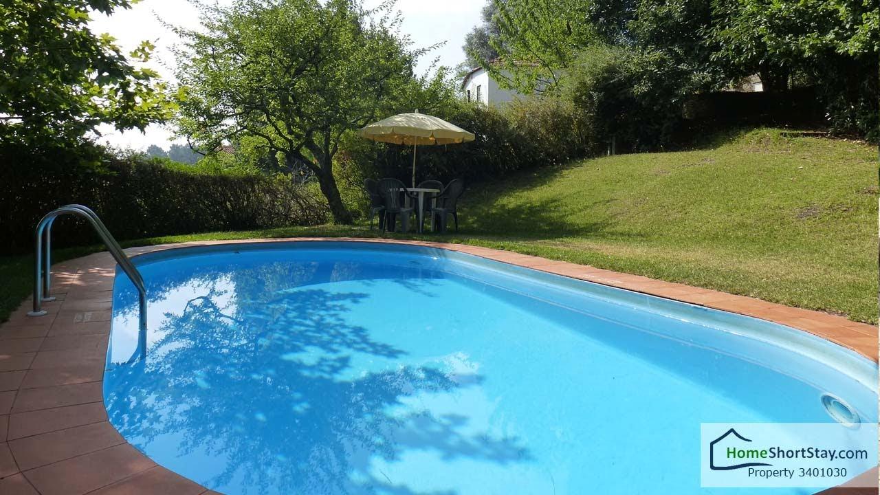 Alugar casa de f rias no minho com piscina a 15 km da for Piscinas de chapa baratas