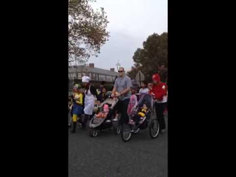 """Desfile de Halloween """"Manasquan Elementary School"""". 2014"""