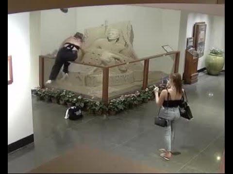 Sand Sculpture Vandalized At Royal Hawaiian Hotel 4 Youtube