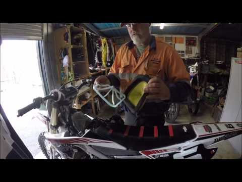 How to change an air filter | YZ250F 2016