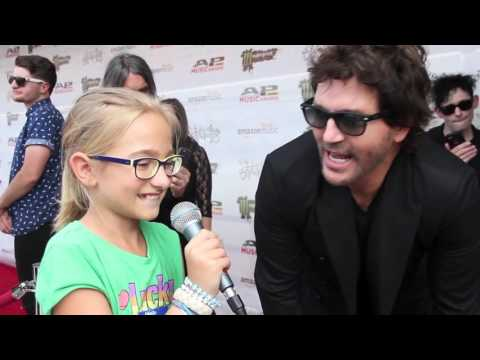 Stephan Jenkins of Third Eye Blind interviews Piper of Kids Interview Bands
