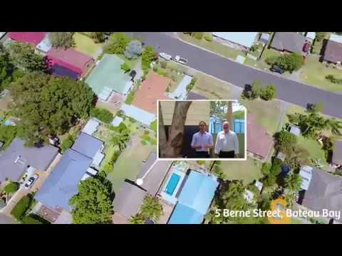 5 Berne Street, Bateau Bay - 4 Bed | 2 Bath | 2 Car