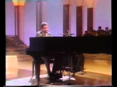 Paolo Conte - Recital at Swiss Television (1982) mp3